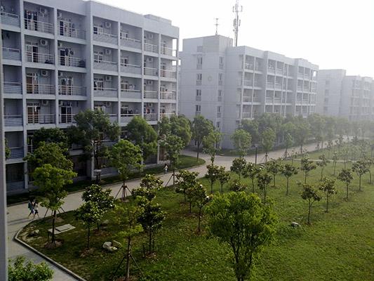 上海中侨职业技术学院校园风光4