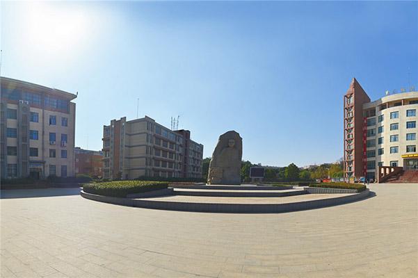 江西旅游商贸职业学院校园风光2