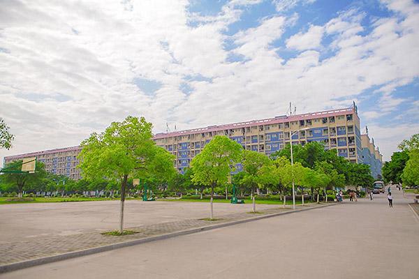 江西应用技术职业学院校园风光4