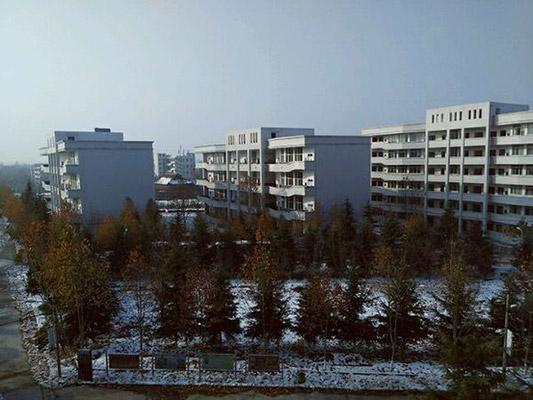 郑州澍青医学高等专科学校校园风光3