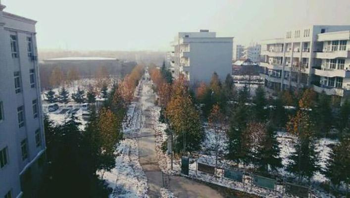 郑州澍青医学高等专科学校校园风光5