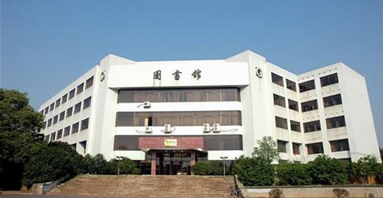 潇湘职业学院校园风光1