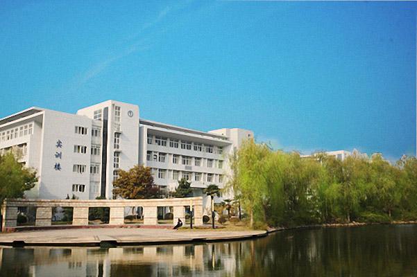 南京信息职业技术学院校园风光1