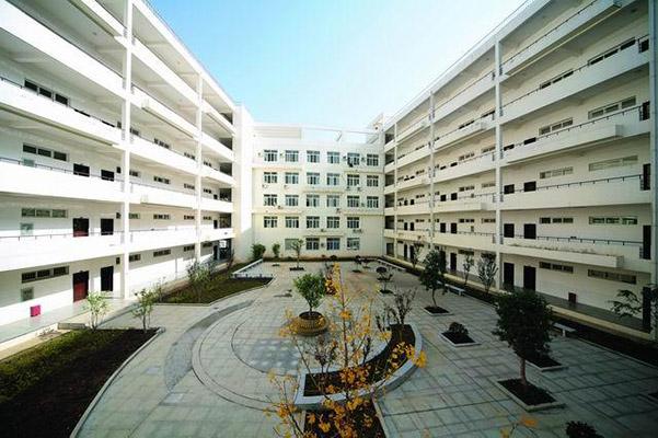 咸宁职业技术学院校园风光1