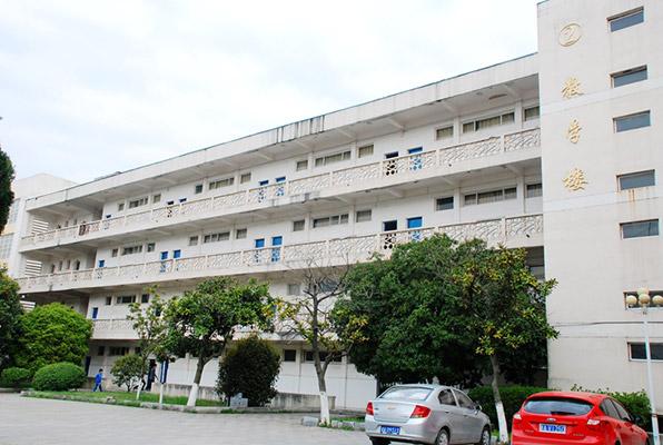 江西生物科技职业学院校园风光1