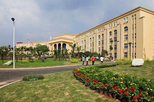 成都文理学院4