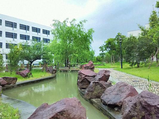 台州科技职业学院校园风光1
