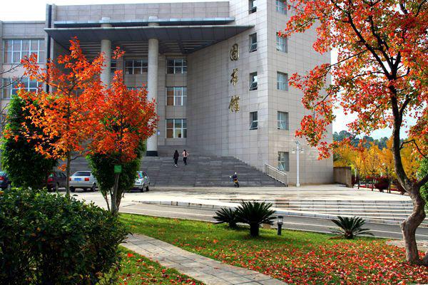 云南林业职业技术学院校园风光1