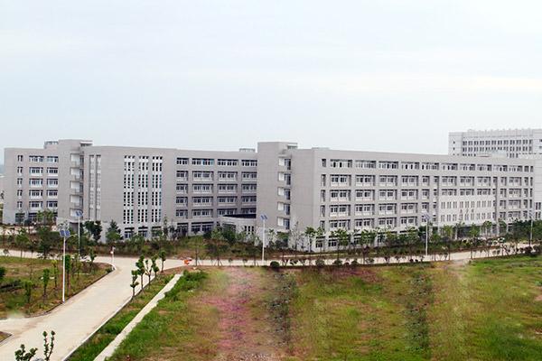 湖北国土资源职业学院校园风光5