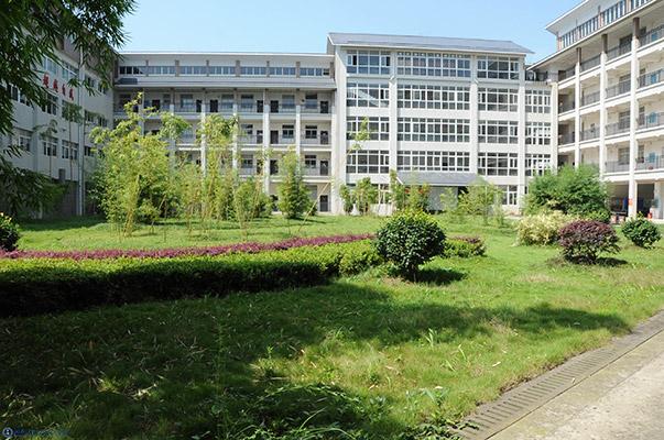 湘西民族职业技术学院校园风光4