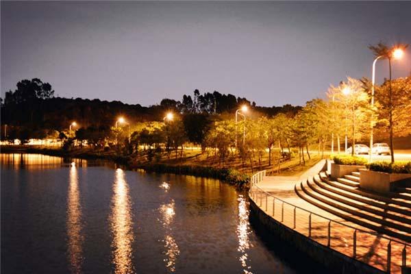 东莞理工学院城市学院(与广州城建职业学院联合办学)校园风光4