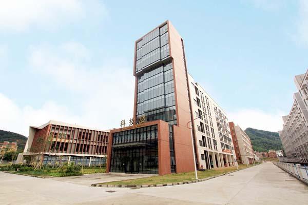 广东工程职业技术学院(中外合作办学专业)校园风光5