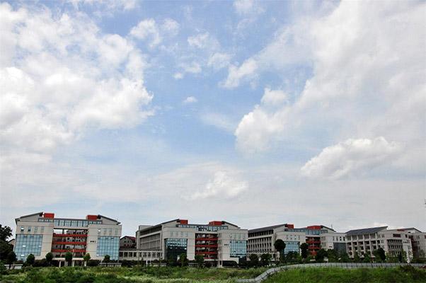 湖南高速铁路职业技术学院校园风光5