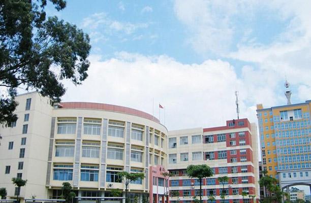 广西英华国际职业学院5