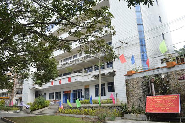 广西工程职业学院校园风光2