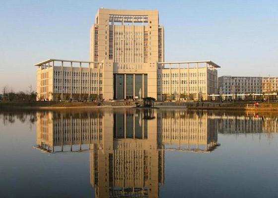 北京艺术传媒职业学院校园风光4