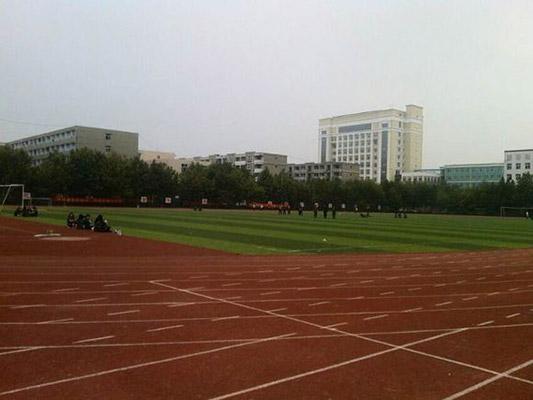 石家庄人民医学高等专科学校校园风光1