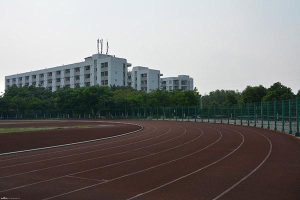四川现代职业学院校园风光2