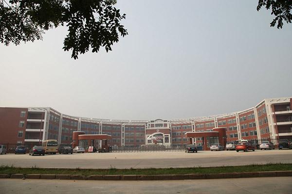 河北轨道运输职业技术学院校园风光3