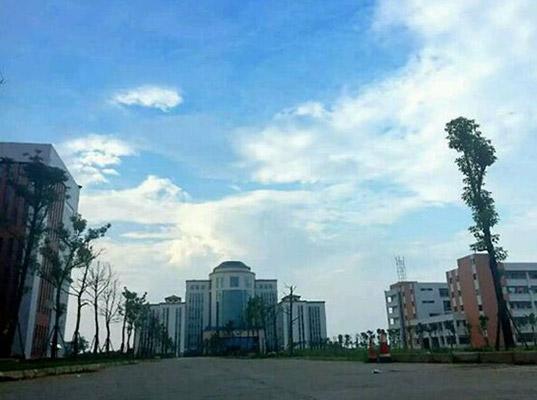 江西洪州职业学院校园风光1